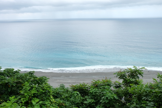 Pacific Ocean! - On the way to HuaLien from Cing Jing