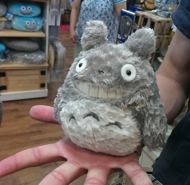 Totoro mini plushie from the legendary Ghibli animation My Neighbour Totoro (となりのトトロ)