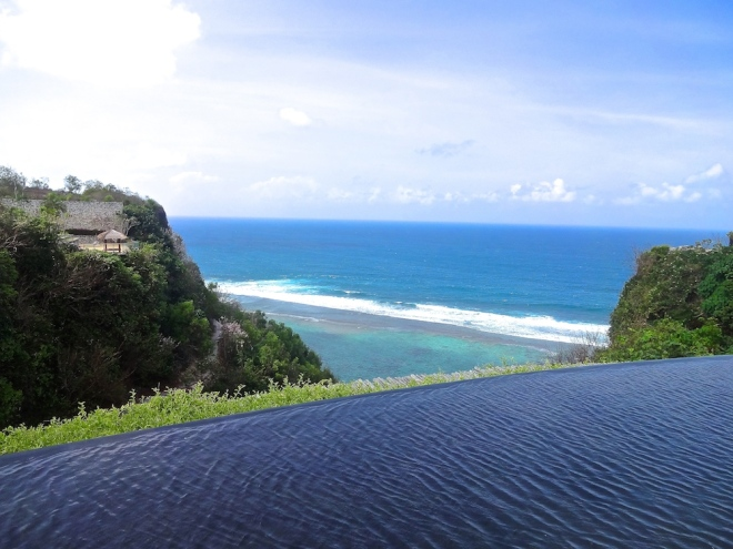 View from up top, by the communal swimming pool of Semara Resort. Not much frequented because here each villa has its own private pool ;D